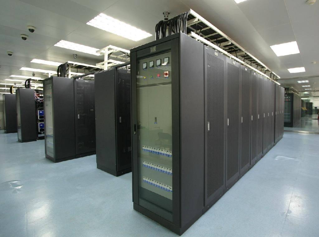 中国平安机房使用山特UPS电源